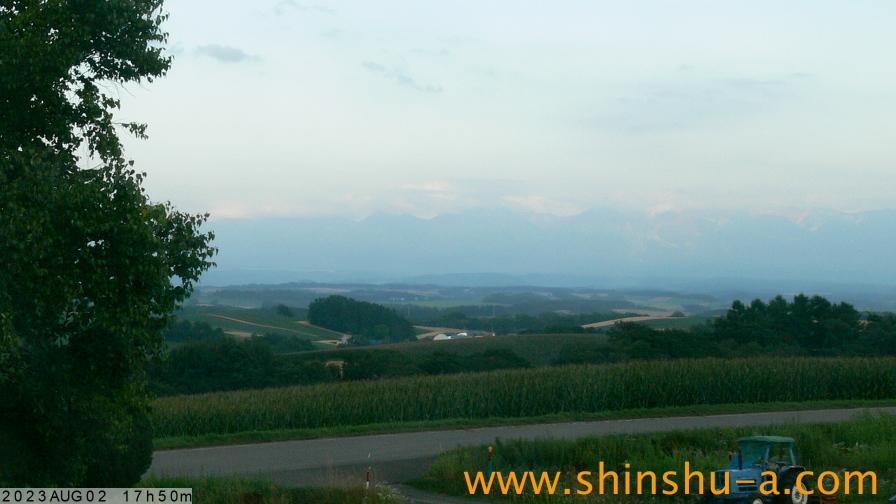 十勝岳連峰ライブ映像